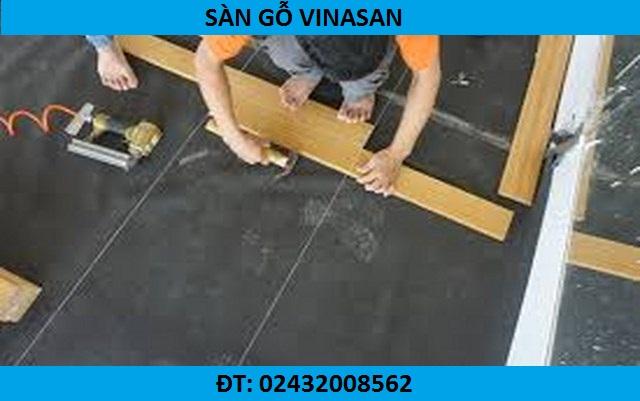 Thợ lắp đặt sàn nhựa hèm khóa giả gỗ, có nên dùng sàn nhựa giả gỗ tự dán, sàn nhựa giả gỗ bao nhiêu tiền,